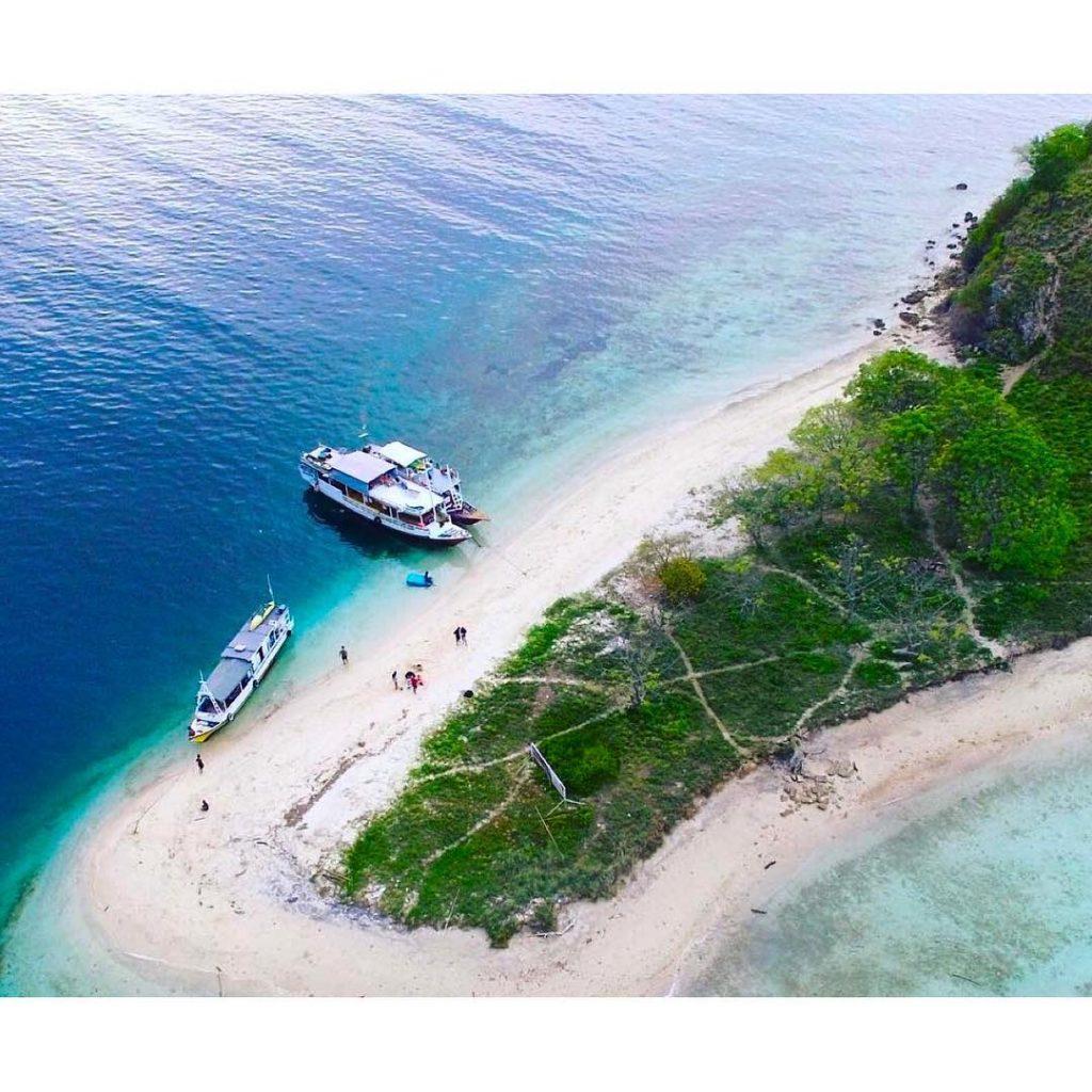 A Life in Komodo Sailing Trip