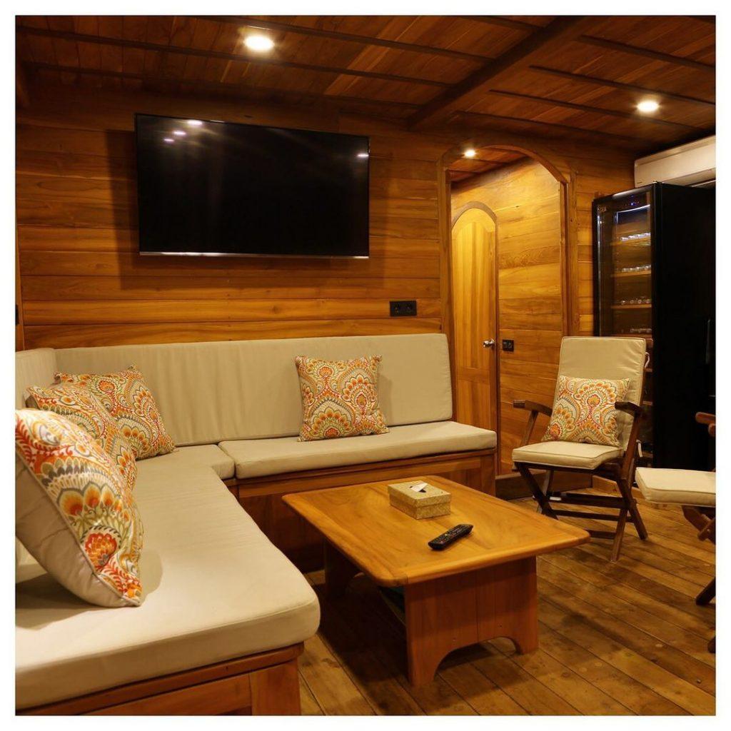Leyla Komodo Boat Charter