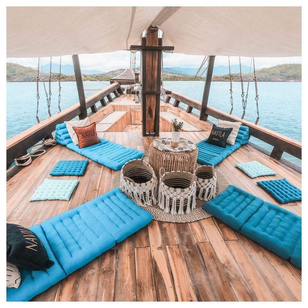 Navila Komodo Boat Charter