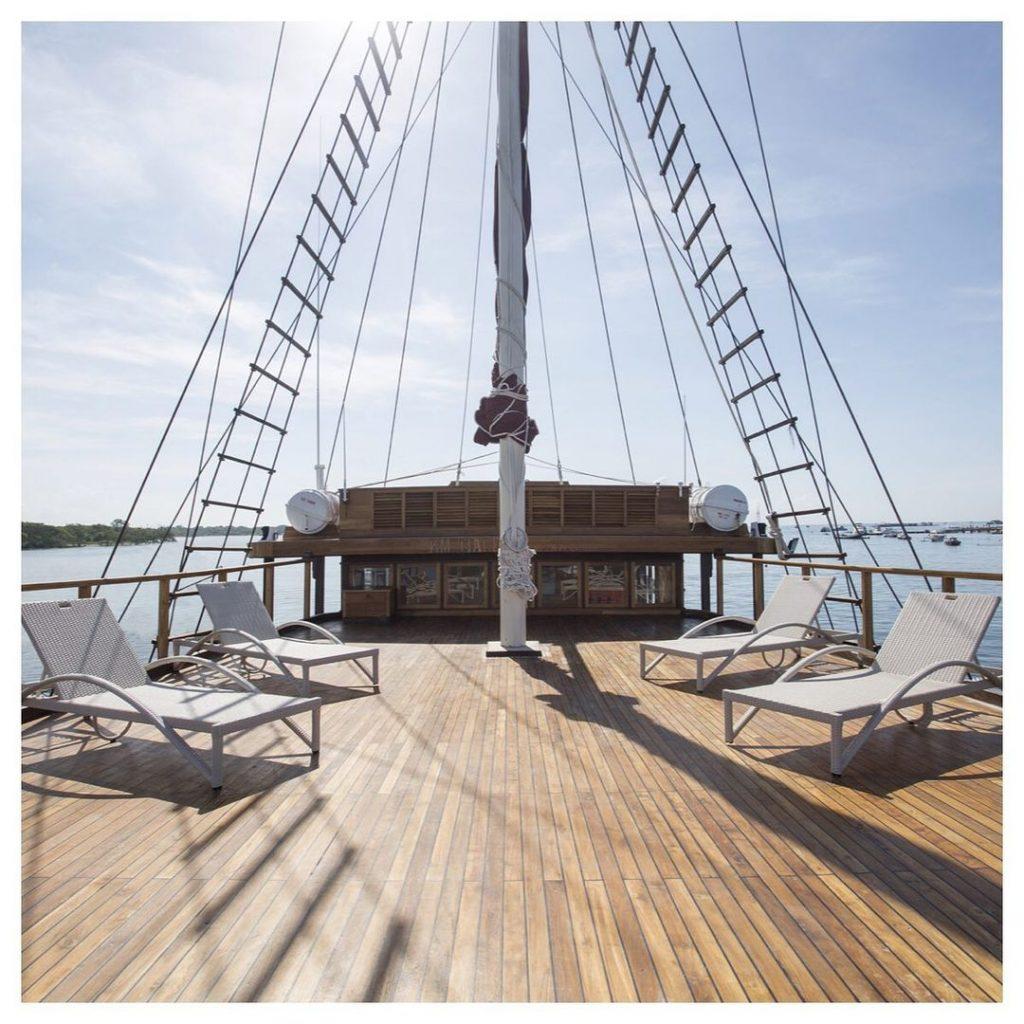 Tiare Komodo Boat Charter